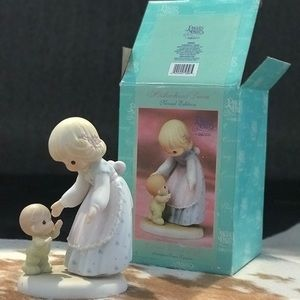 Precious Moments *WITH teal BOX*